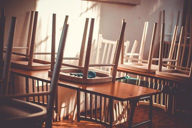 powrot uczniów do szkół w nowym sączu